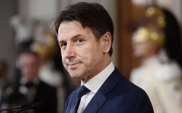 """Giuseppe Conte: """"Pasqua significa passaggio, che lo sia vers"""