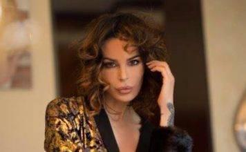 """Nina Moric, in ginocchio sui social: """"La Donna che pochi pos"""