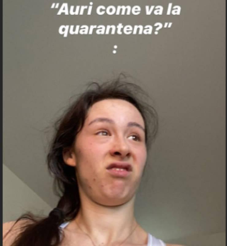 """Aurora Ramazzotti, desiderio e quarantena: """"Voglio che mi accarezzi..."""""""