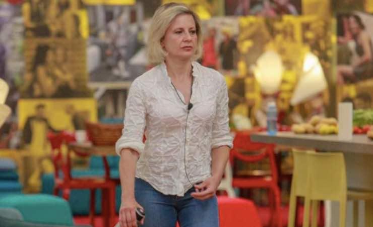 """GF VIP, Antonella Elia in lacrime: """"Chissà quando la rivedrò"""""""
