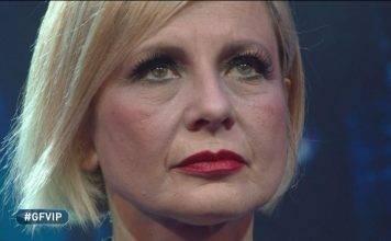 """Antonella Elia spiazza al Gf Vip: """"Sono single e con il cuore spezzato"""""""