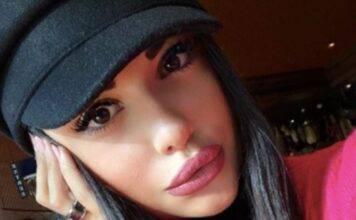 Ha 21 anni, bellissima figlia dell'amato cantante: chi é?