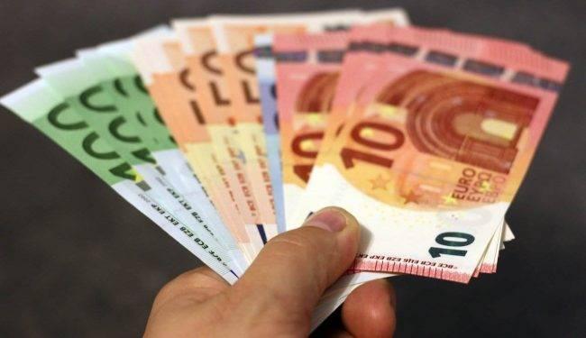 Reddito di cittadinanza 2020: come funziona, novità e requisiti ISEE