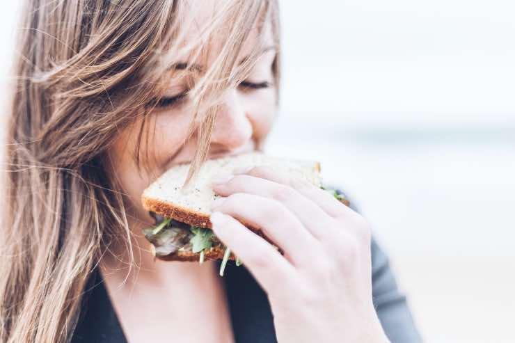 Dieta del diguno come funziona? Menù e tutto quello che c'è da sapere