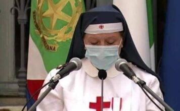 """L'infermiera che commuove Mattarella: """"Non numeri ma persone"""