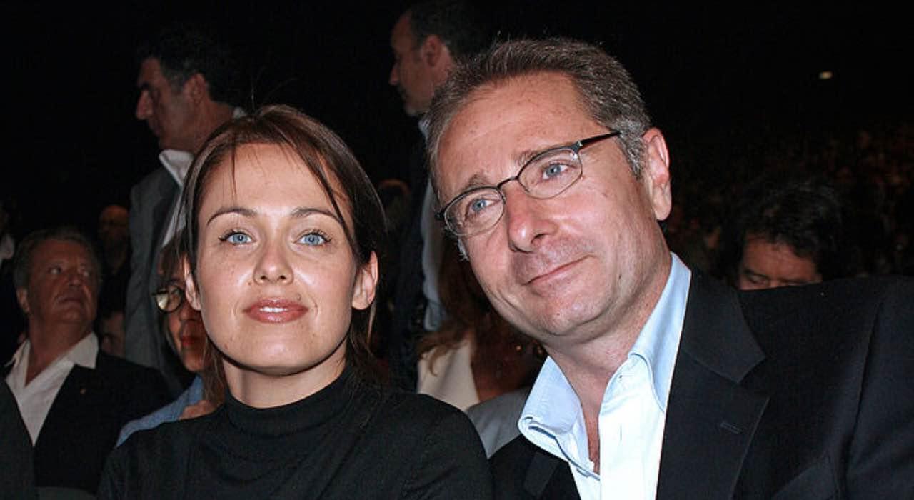 """Paolo Bonolis, la moglie Sonia senza peli sulla lingua: """"Non è corretto"""""""