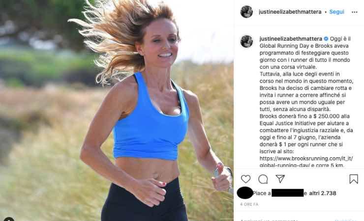"""Justine Mattera, provocata dai fan: """"Siamo sopravvissute"""""""