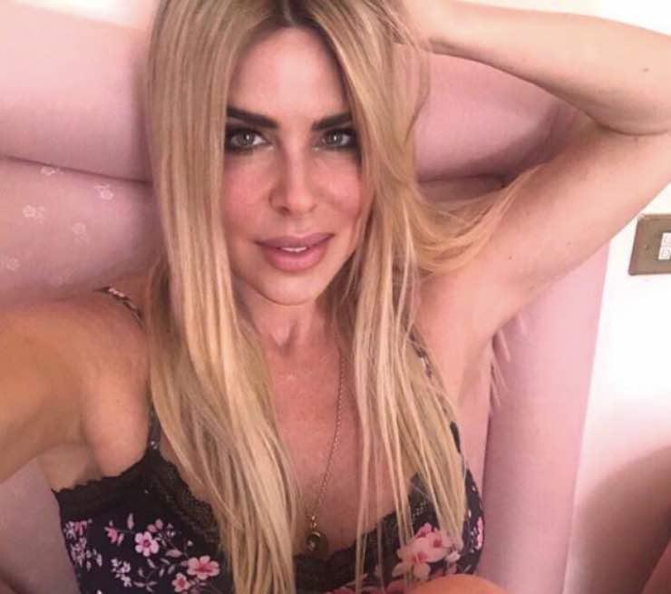 Albano Carrisi cambia vita, Loredana Lecciso è come una regina