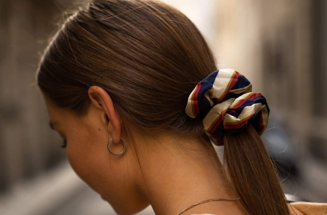 Come asciugare i capelli d'estate? Ecco i modi per non sbagliareCome asciugare i capelli d'estate? Ecco i modi per non sbagliare