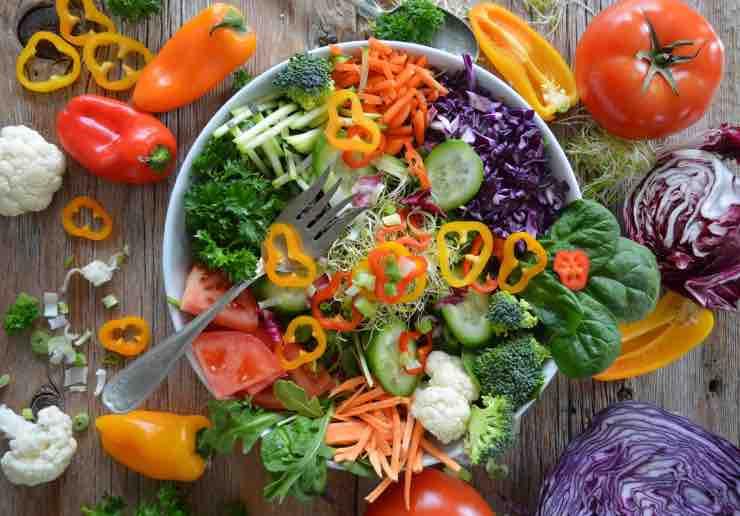 Dieta Raw: menù settimanale, versione vegan e tutte le info