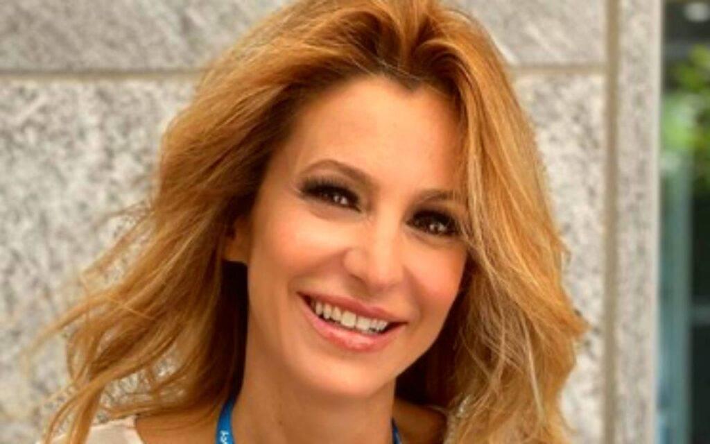 Adriana Volpe, lei saluta ma Alessio Viola la ignora: gelo in studio
