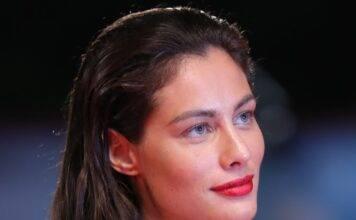Marica Pellegrinelli, che baci: scoppia la passione per il n