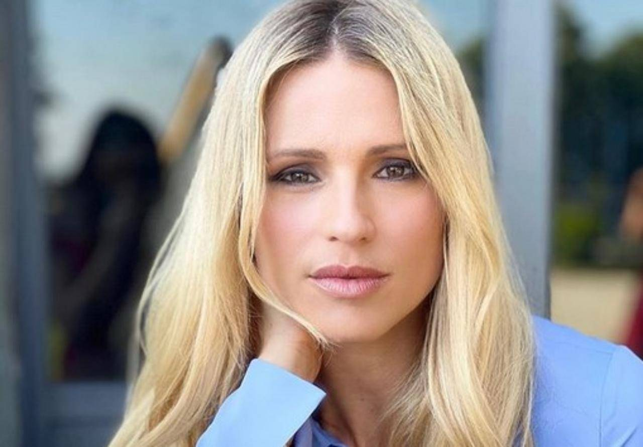 Michelle Hunziker, incidente a luci rosse in tv