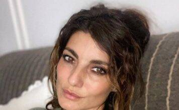 Samanta Togni pronta per un ritocchino estetico: il marito prepara il bisturi