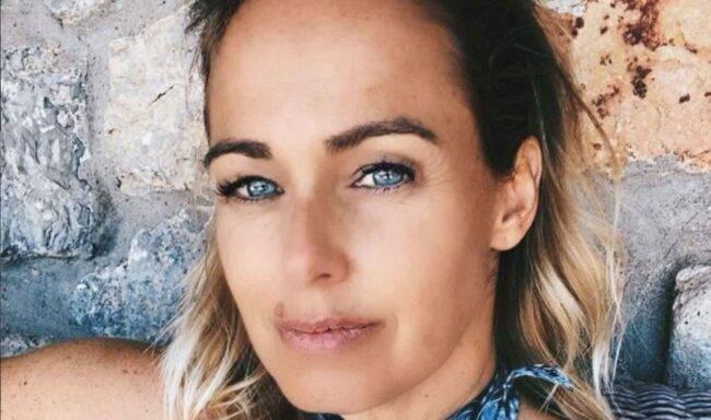 Giulia Salemi finisce nel mirino della moglie di Bonolis