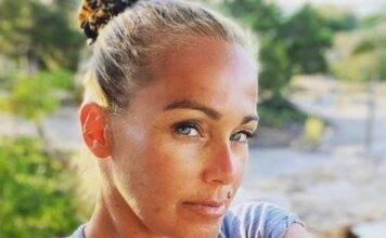 """""""Sono quel che sono"""", Sonia Bruganelli accetta se stessa: scatto evocativo"""