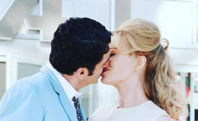 Teo Mammucari annuncia le nozze ma qualcosa lascia perplessi