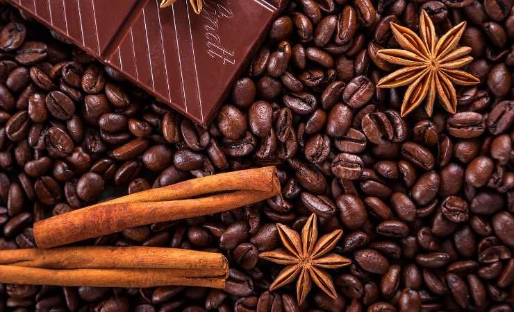 Caffè e cannella: ecco l'accoppiata vincente contro il caldo