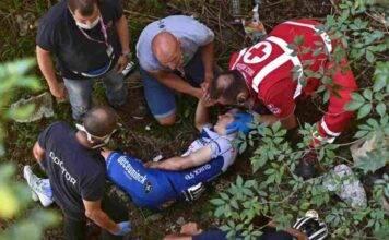 Giro Lombardia, spaventosa caduta del belga Remco Evenepoel | VIDEO