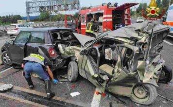 Tamponamento in tangenziale a Bologna: morto Luca Fini, vigile del fuoco