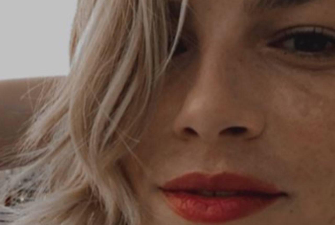 Emma Marrone pescatrice per un giorno: all'amo pesca l'amore?