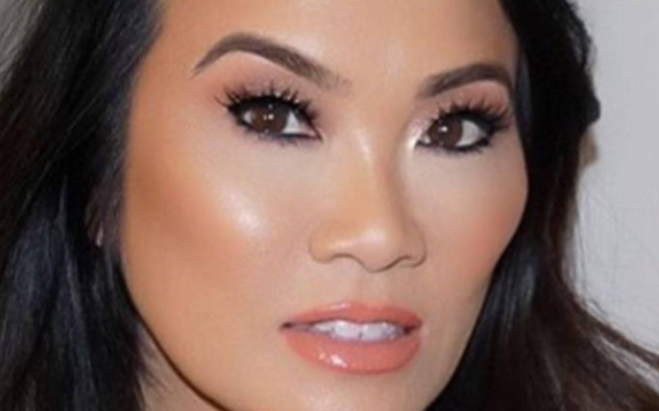 Real Time, Dr. Pimple Popper: Taylore e le protuberanze sulle orecchie