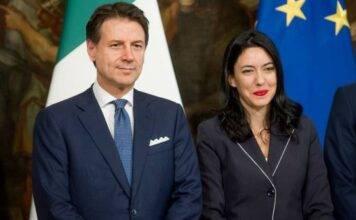 Conte, la promessa: «La scuola riparte, mi impegno con le famiglie italiane»