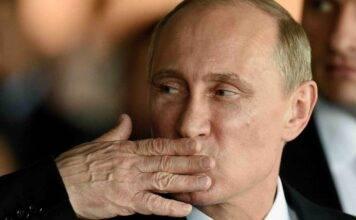 """Coronavirus, Putin spiazza tutti: """"Abbiamo il primo vaccino"""" testato sulla figlia"""