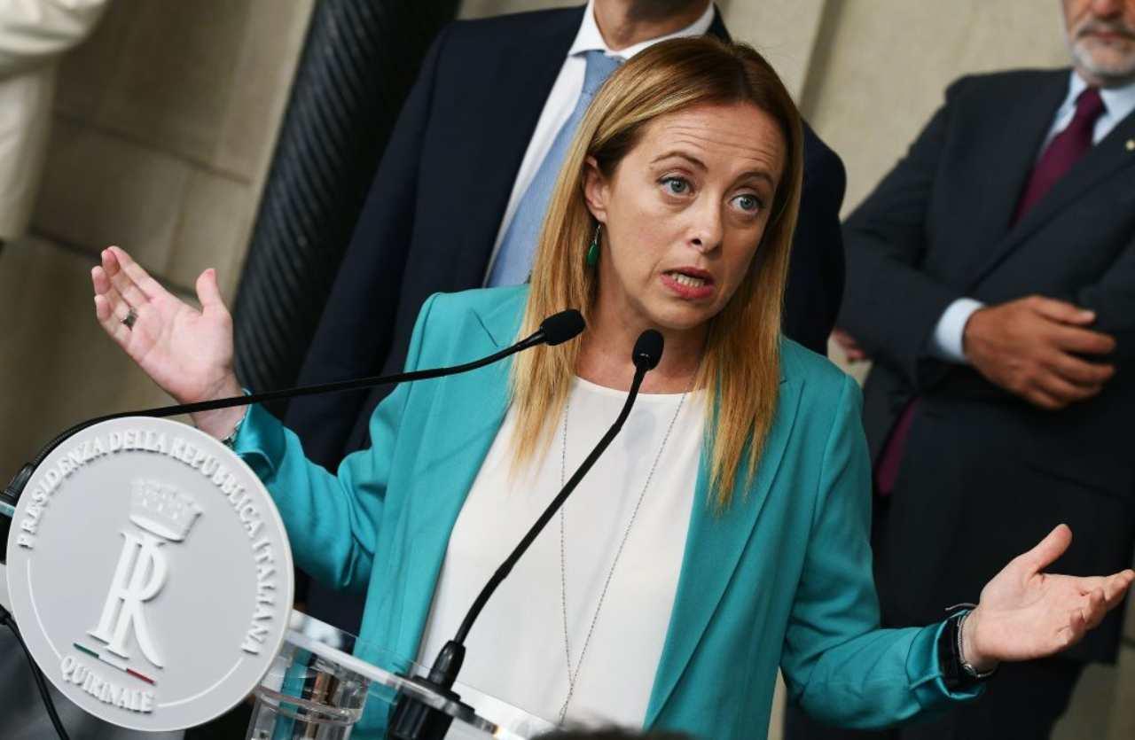 """Giorgia Meloni alza la voce contro il Governo: """"Gli italiani devono sapere"""""""