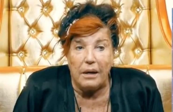"""GF Vip, petizione contro Patrizia De Blanck: """"L'ha istigato al suicidio"""""""