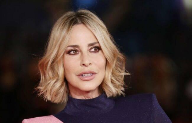 """Stefania Orlando si confessa al GF VIP: """"Mi sento in colpa verso mio marito"""""""
