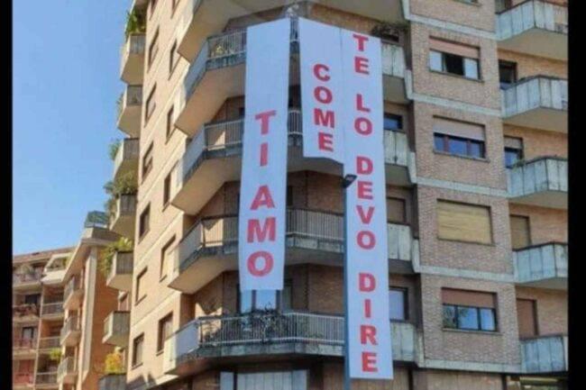 Dichiarazione d'amore 'gigante': stalking o romanticismo?