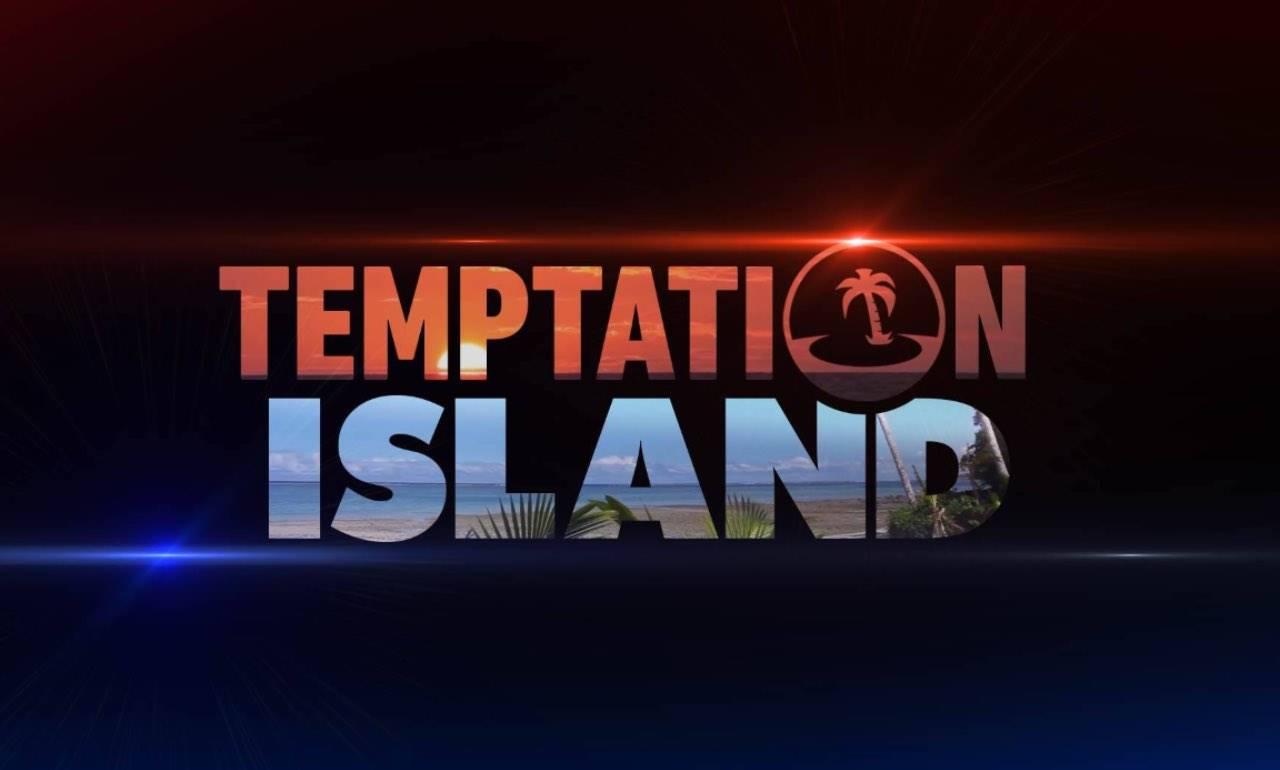 """Temptation Island, due ex concorrenti si sposano: """"Metterò i manifesti"""""""