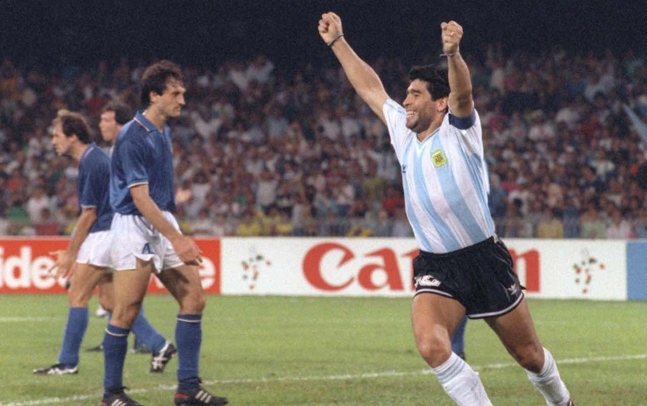 Diego Armando Maradona, la notte di Italia '90 che spaccò il Paese