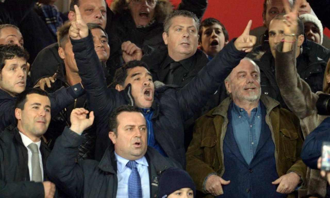 Maradona tribuna