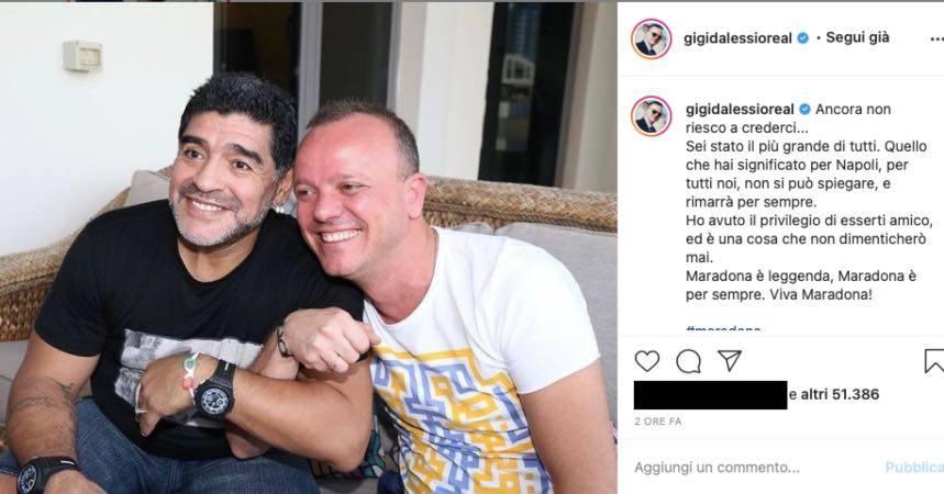 """Gigi D'Alessio sconvolto per Maradona: """"una cosa che non dimenticherò"""""""