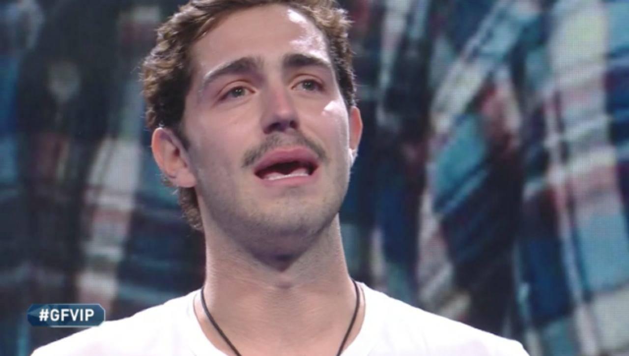 """Tommaso Zorzi stanco e in lacrime: """"sei sempre stata la mia sorellina"""""""