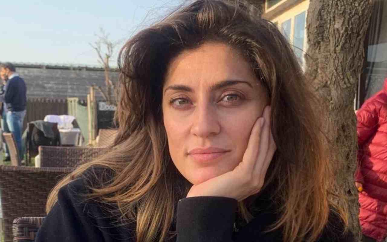 Elisa Isoardi disperata, Todaro ha scelto Sara Arfaoui