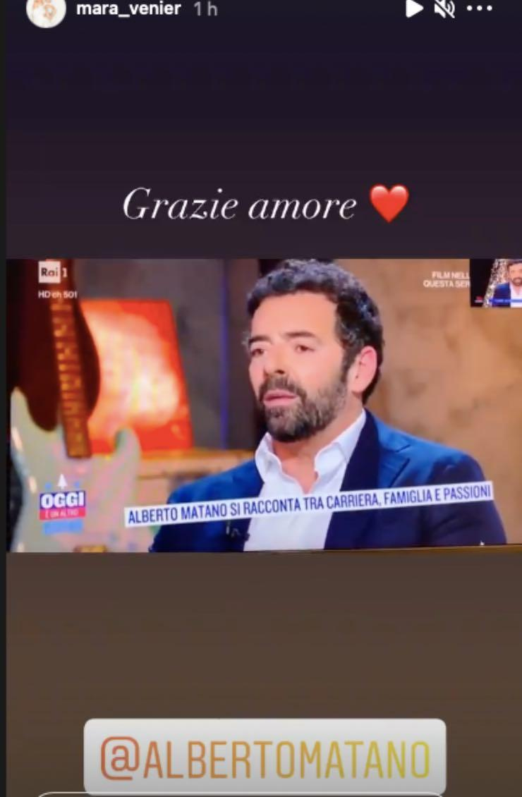 """Mara Venier """"grazie amore"""": intenso legame col conduttore tv"""