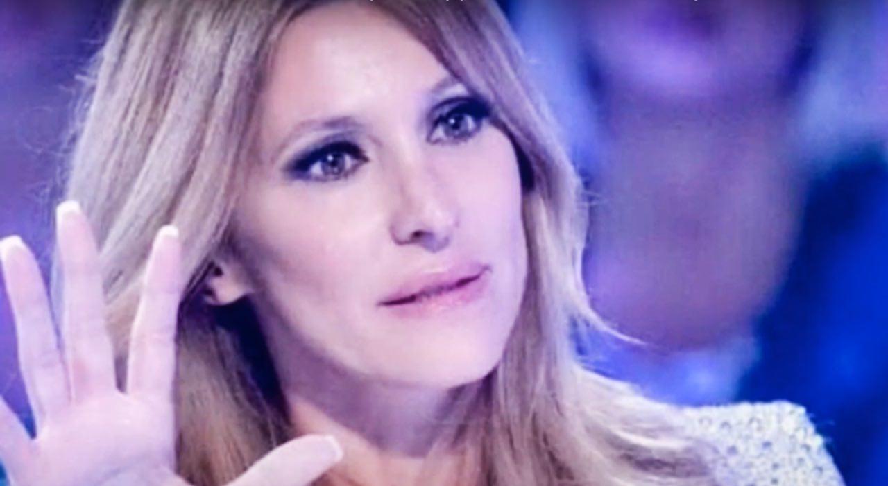 """Adriana Volpe, """"guerriera"""" VS le difficoltà: parole emozionanti"""