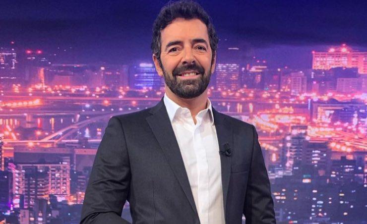 Alberto Matano 'sparito' dal palinsesto: il programma non va in onda