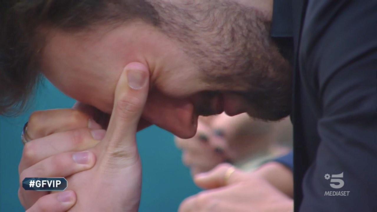 GF VIP, il momento della verità tra Andrea Zenga e Walter: le lacrime