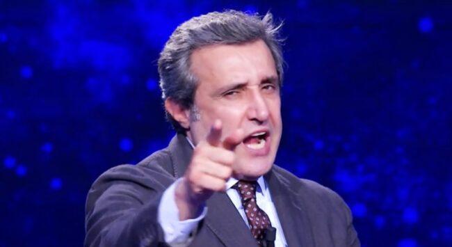L'Eredità, il 'fascino' di Flavio Insinna 'confonde' Chiara: passo falso