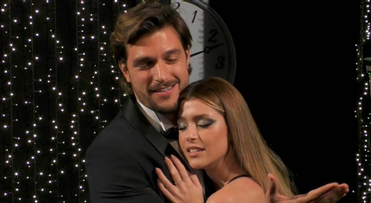 Grande Fratello Vip Finale:sorpresa per Andrea Zelletta, in lacrime