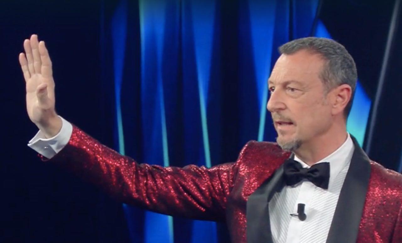 Sanremo 2021: Fasma e Nesli, Amadeus irrompe e ferma tutto