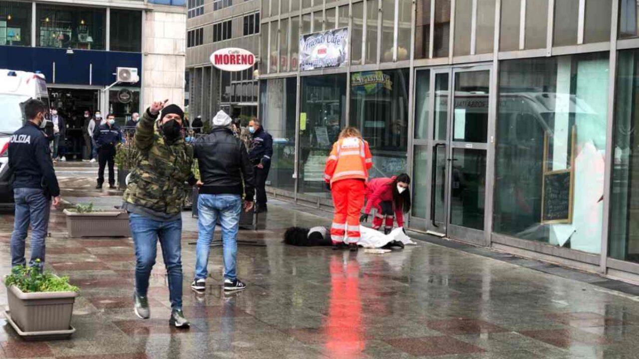 Napoli, tragedia al Centro Direzionale: muore una donna