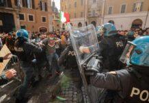 Scontri a Piazza Montecitorio (Google Images)