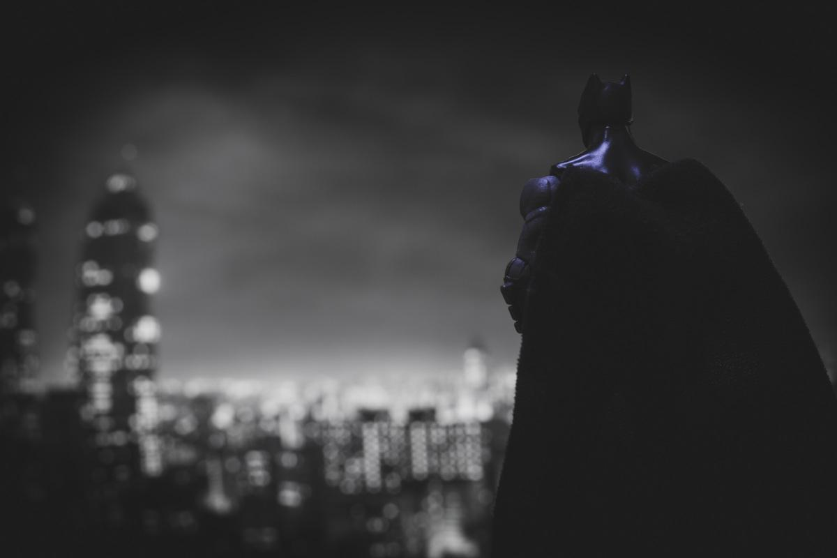 Batman uno dei fumetti di John Paul Leon (Adobe Stock)
