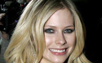Avril Lavigne, il grande ritorno: il video spiazza i fan