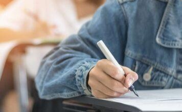 Maturità 2021, tutti i vip alle prese con l'esame di stato